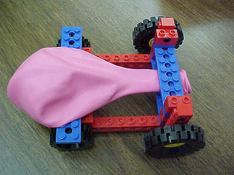 Super fun LEGO car idea that will take off on it's own