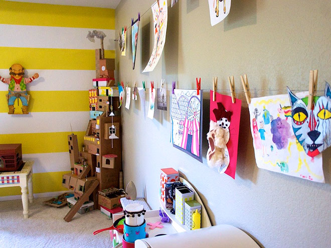 DIY Art hanger