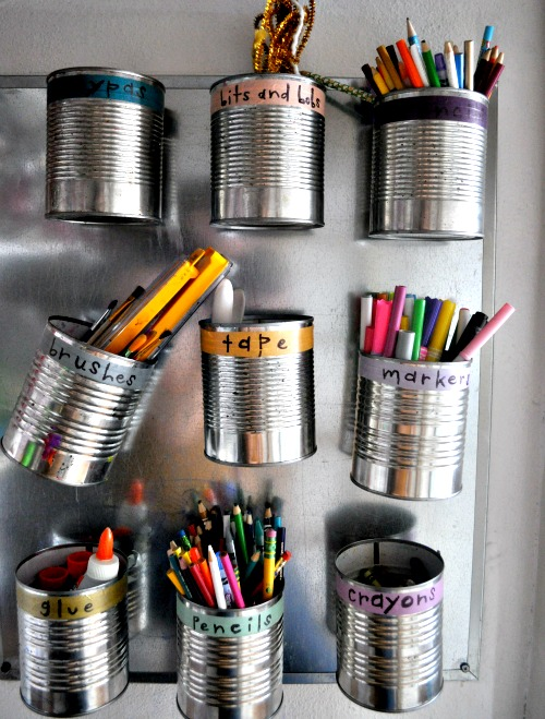 Tin can holder