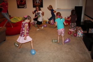 balloon pop party game